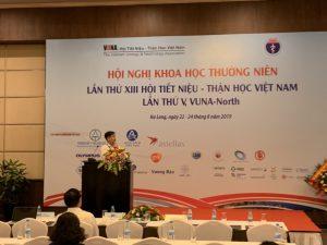 Tham luận về áp dụng tiêu chuẩn ISO 9001 tại hội nghị Tiết niệu – Thận học
